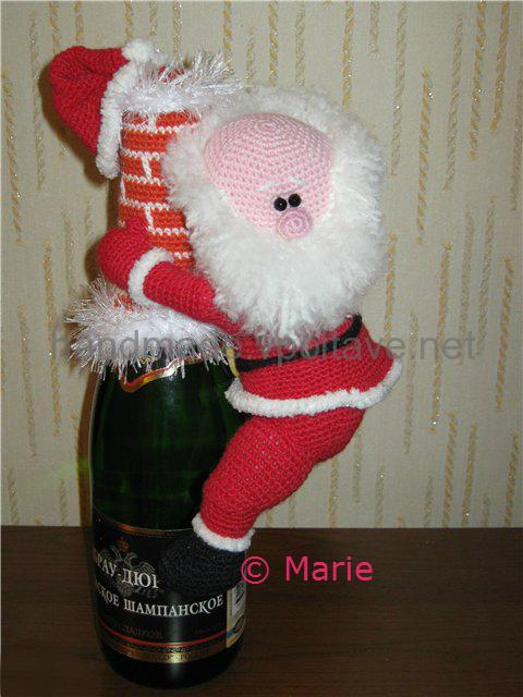 вязаный санта на бутылку шампанского