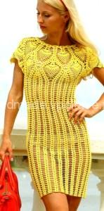 жёлтое вязаное платье