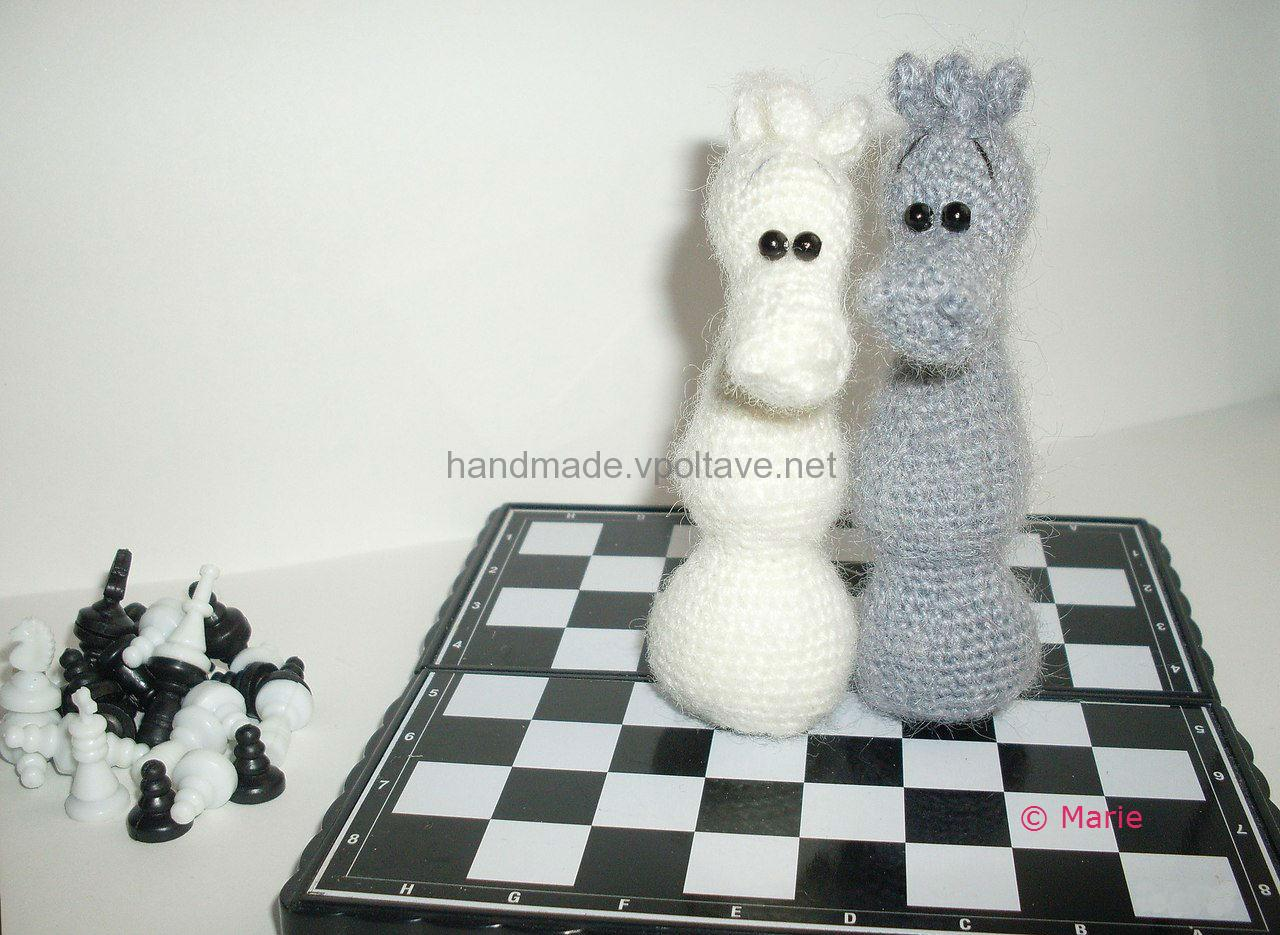 knitted chess knight symbol of the new year