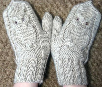 mittens with owls