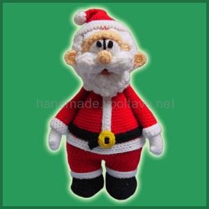 knitted santa with tummy
