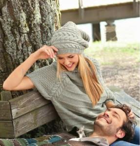 тёплая шапка бини и пуловер реглан